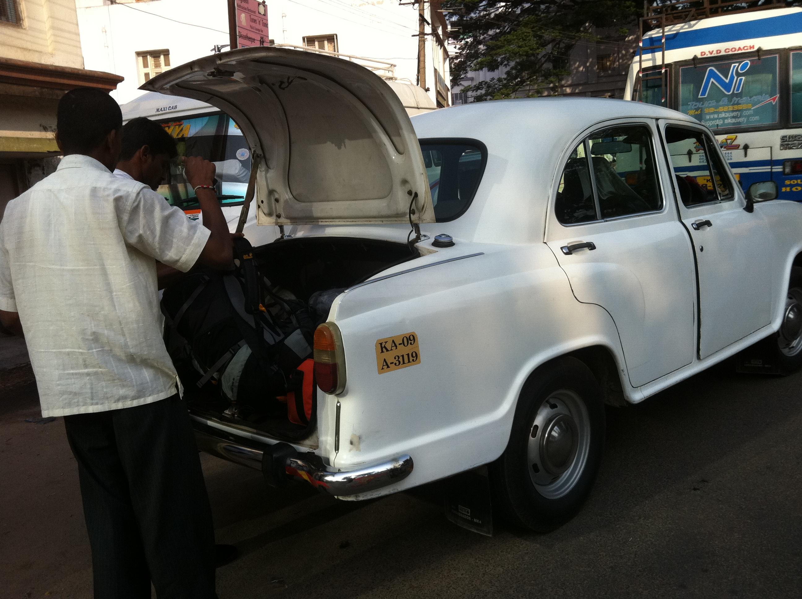 sian-handy-indien-un-konfi-495.JPG