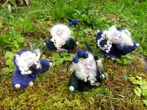 Lavendelmädchen mit Blaubeerelfen